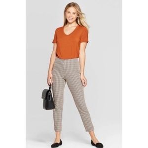 A New Day size 10 houndstooth stretch pants